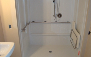 Large accessible shower for handicap